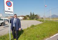 Joe Formaggio sindaco di Albettone e il suo cartello anti-rom Corriere del veneto