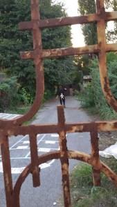 cancello di qua e di là